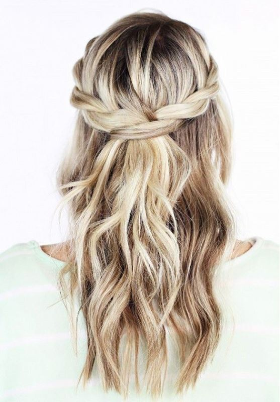 Picture Of work hairstyles that are office appropriate yet not boring  7