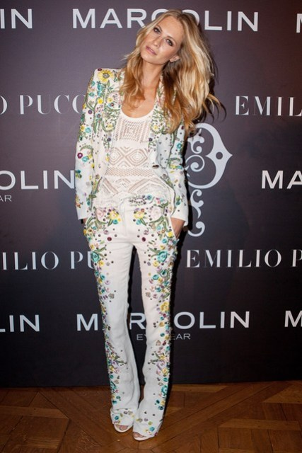 Picture Of Trendy Ways To Wear Trouser Suits This Season 10