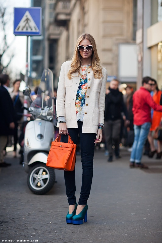 Picture Of amazing floral outfits to welcome the spring  10