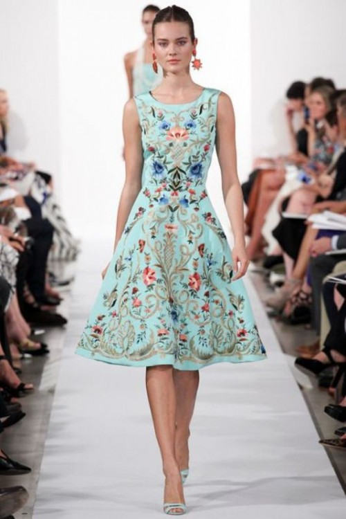 Amazing Floral Outfits To Welcome The Spring