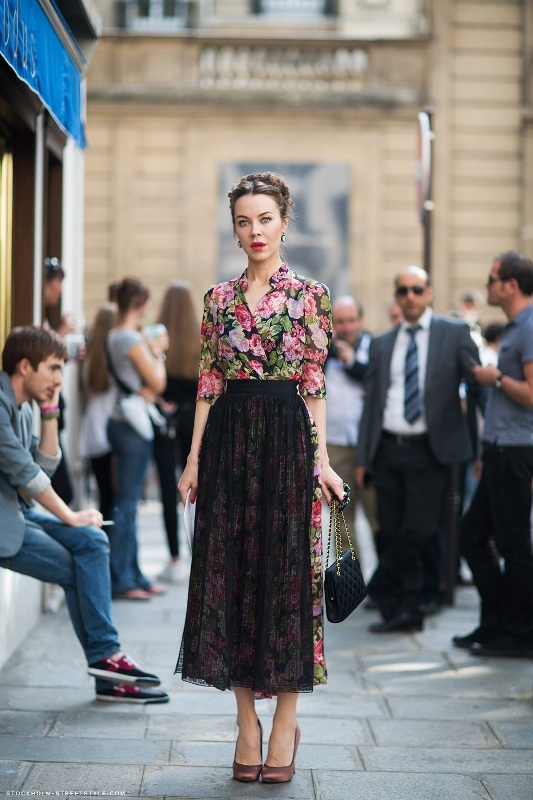 Picture Of amazing floral outfits to welcome the spring  6