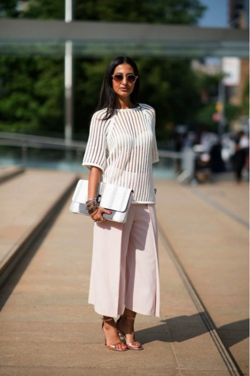 7ac7a353a6e 25 Fashionable And Trendy Ways To Wear Culottes This Spring ...