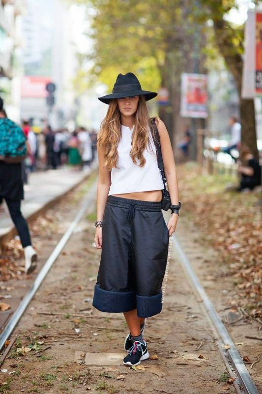Picture Of fashionable and trendy ways to wear culottes this spring  23