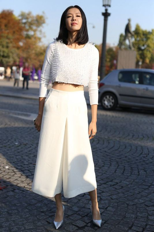 Picture Of fashionable and trendy ways to wear culottes this spring  25