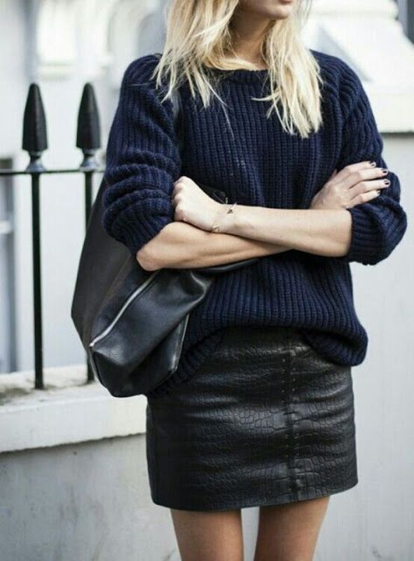 Picture Of stylish ways to wear cozy chunky knit sweater right now  10