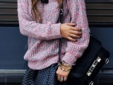 25-stylish-ways-to-wear-cozy-chunky-knit-sweater-right-now-11