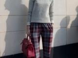 25-stylish-ways-to-wear-cozy-chunky-knit-sweater-right-now-13