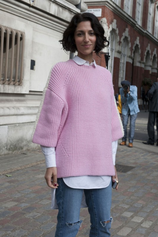 Picture Of stylish ways to wear cozy chunky knit sweater right now  15