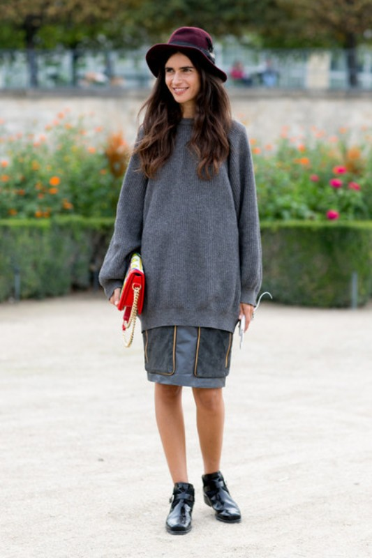 Picture Of stylish ways to wear cozy chunky knit sweater right now  16