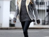 25-stylish-ways-to-wear-cozy-chunky-knit-sweater-right-now-17