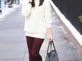 25-stylish-ways-to-wear-cozy-chunky-knit-sweater-right-now-18
