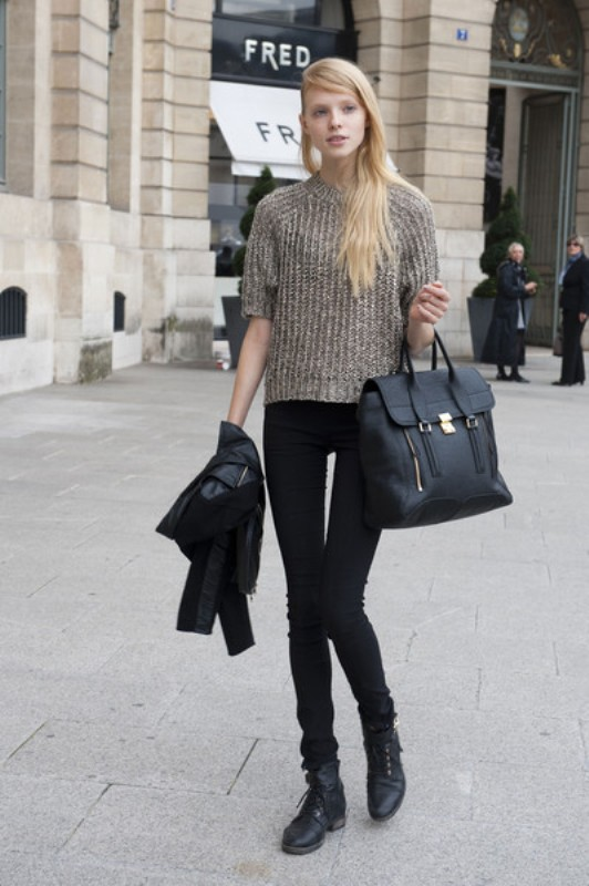 Picture Of stylish ways to wear cozy chunky knit sweater right now  2