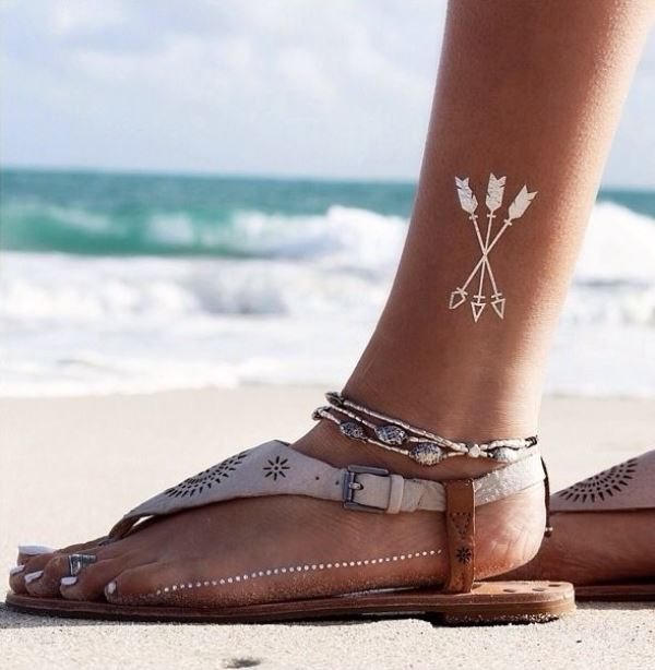 Picture Of trendy and shiny metallic flash tattoos to try  8