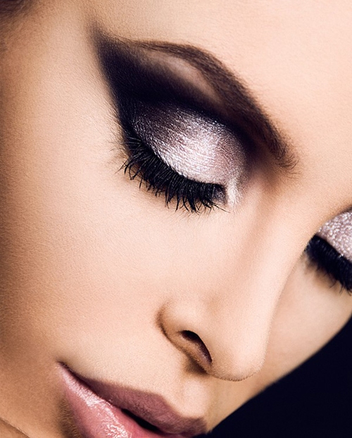 Picture Of gorgeous holiday makeup ideas to try  20