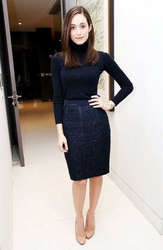 Picture Of not boring chic and ladylike classic work attire  17
