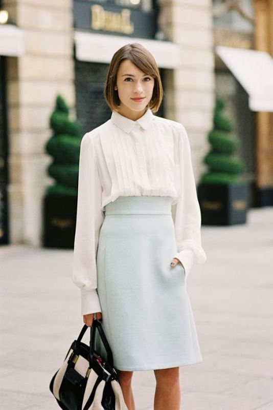 Picture Of not boring chic and ladylike classic work attire  24