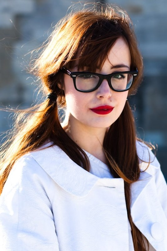 Picture Of 3 smart tricks and 17 stylish makeup ideas for glasses wearers  10