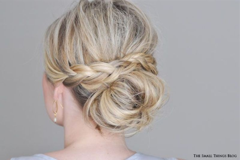 Picture Of chic and pretty christmas hairstyles ideas  11