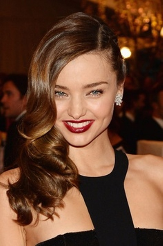 Picture Of chic and pretty christmas hairstyles ideas  13