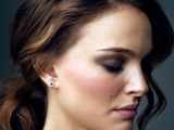 31-chic-and-pretty-christmas-hairstyles-ideas-14