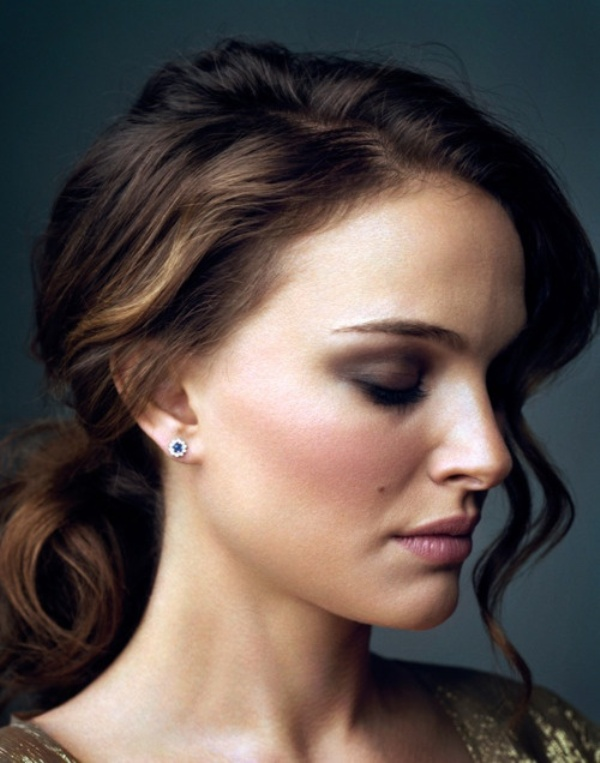 Picture Of chic and pretty christmas hairstyles ideas  14