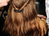 31-chic-and-pretty-christmas-hairstyles-ideas-17