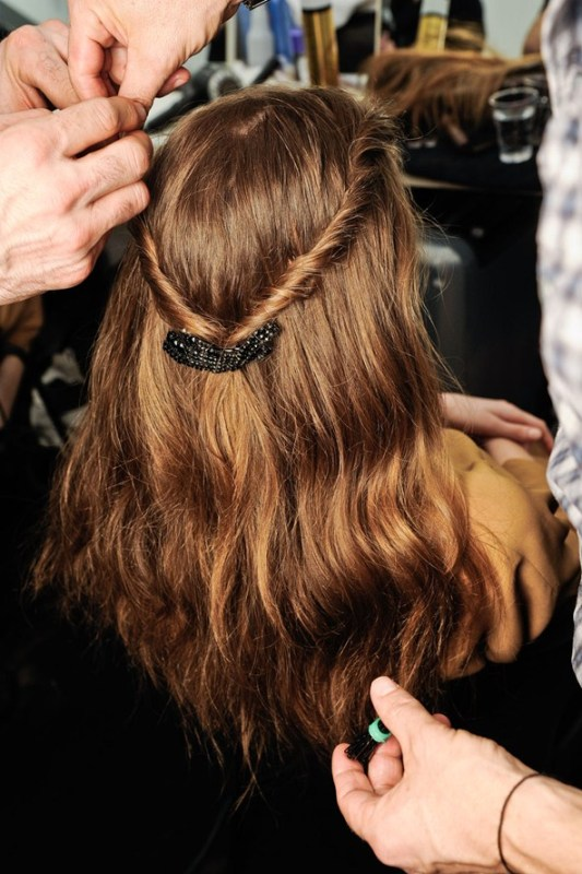 Picture Of chic and pretty christmas hairstyles ideas  17