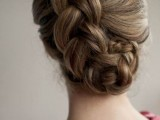 31-chic-and-pretty-christmas-hairstyles-ideas-21