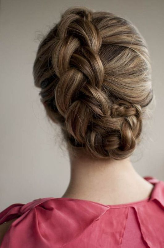 Picture Of chic and pretty christmas hairstyles ideas  21