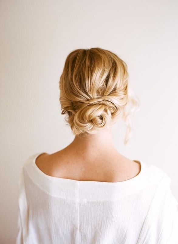 Picture Of chic and pretty christmas hairstyles ideas  25