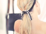 31-chic-and-pretty-christmas-hairstyles-ideas-27