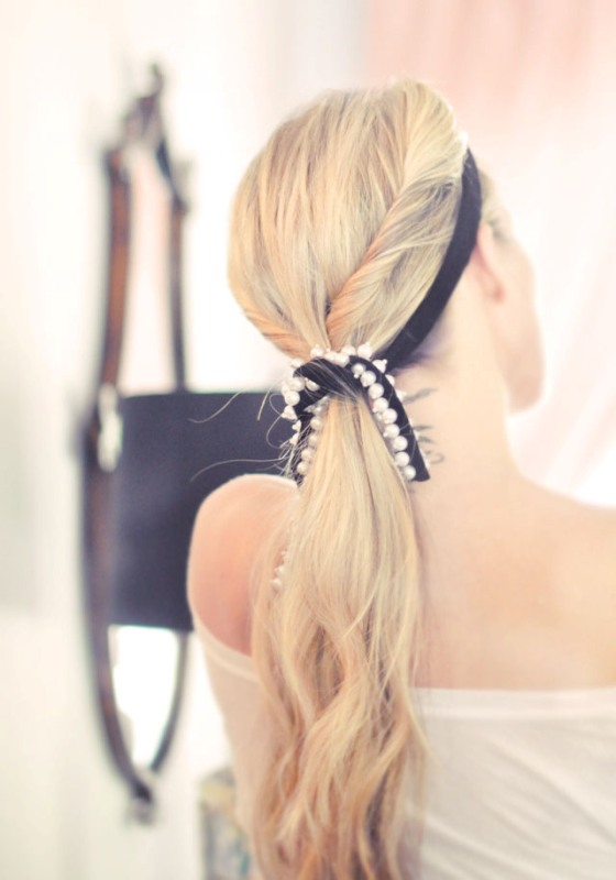 Picture Of chic and pretty christmas hairstyles ideas  27