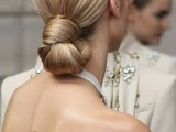 31-chic-and-pretty-christmas-hairstyles-ideas-6