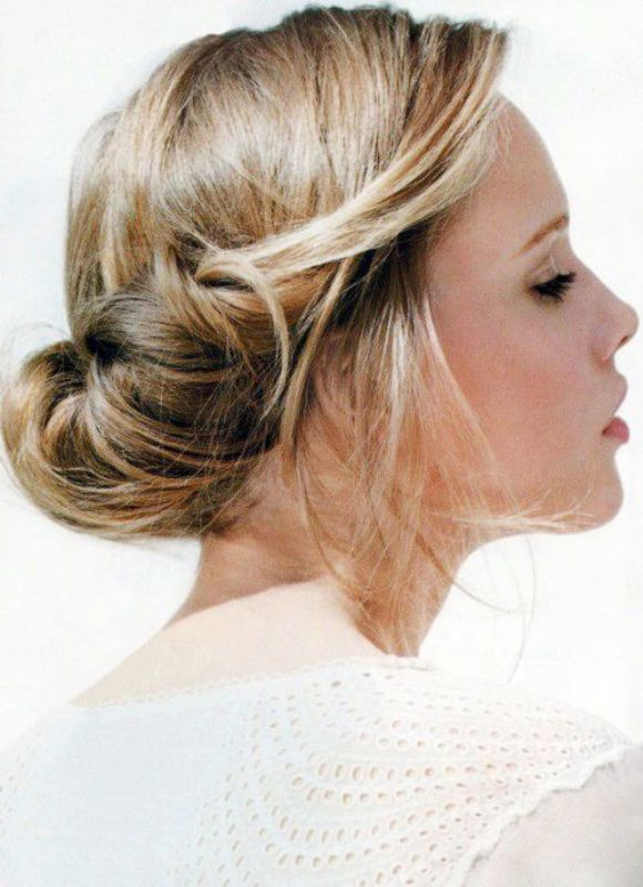 Picture Of chic and pretty christmas hairstyles ideas  9