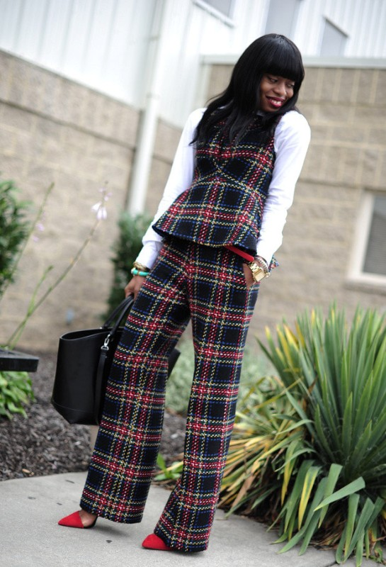 Picture Of stylish ways to wear plaid  18