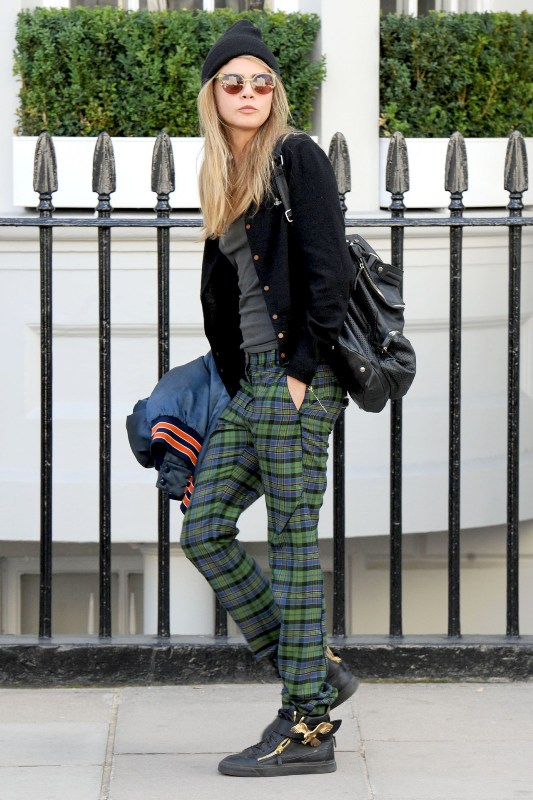 Picture Of stylish ways to wear plaid  2