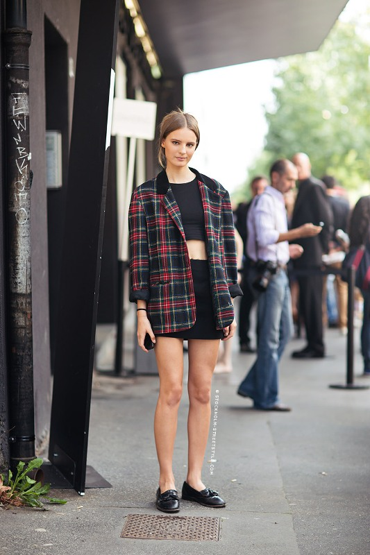 Picture Of stylish ways to wear plaid  20