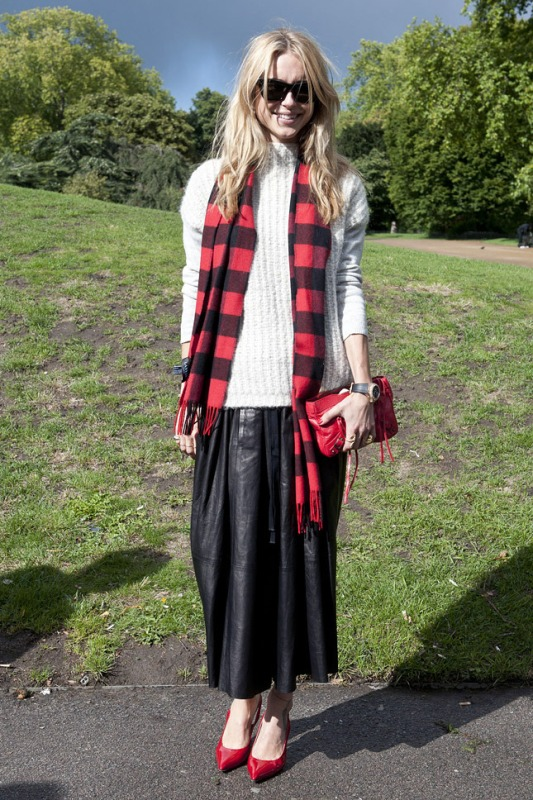 Picture Of stylish ways to wear plaid  25