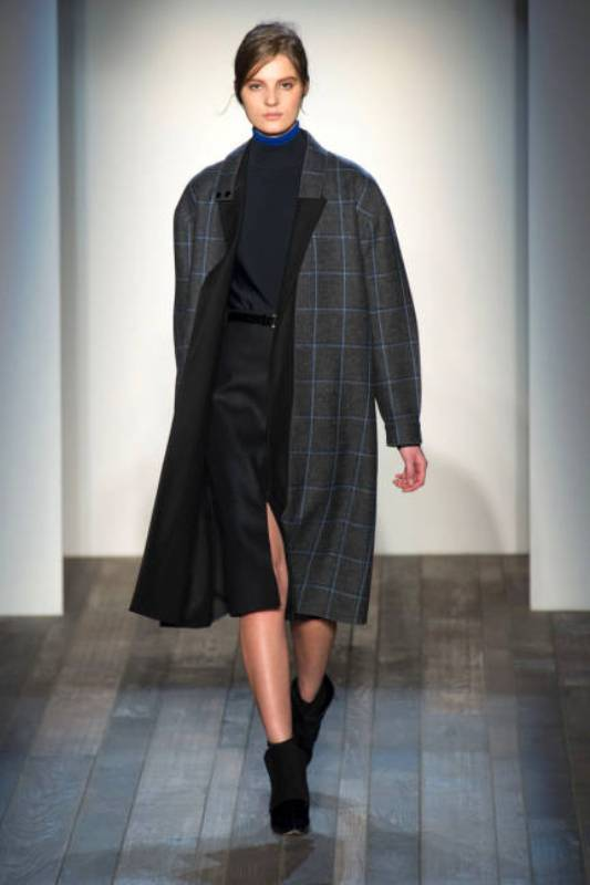 Picture Of stylish ways to wear plaid  28