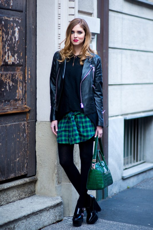 Picture Of stylish ways to wear plaid  3
