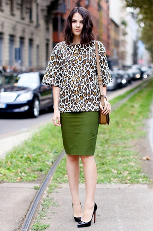 Picture Of fashionable work outfits for women to score a raise  15