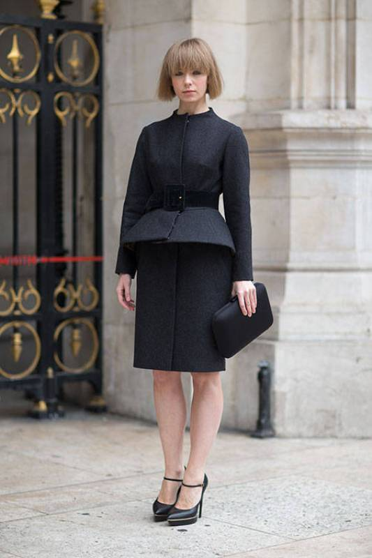 Picture Of fashionable work outfits for women to score a raise  24