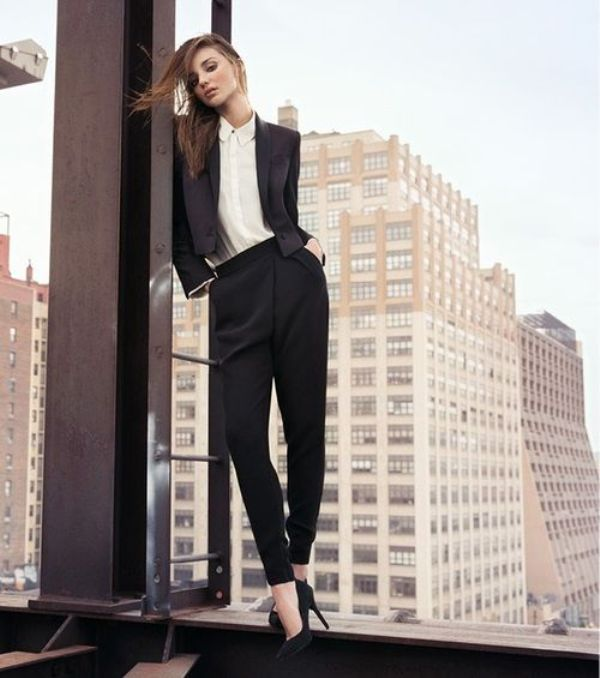 Picture Of fashionable work outfits for women to score a raise  35