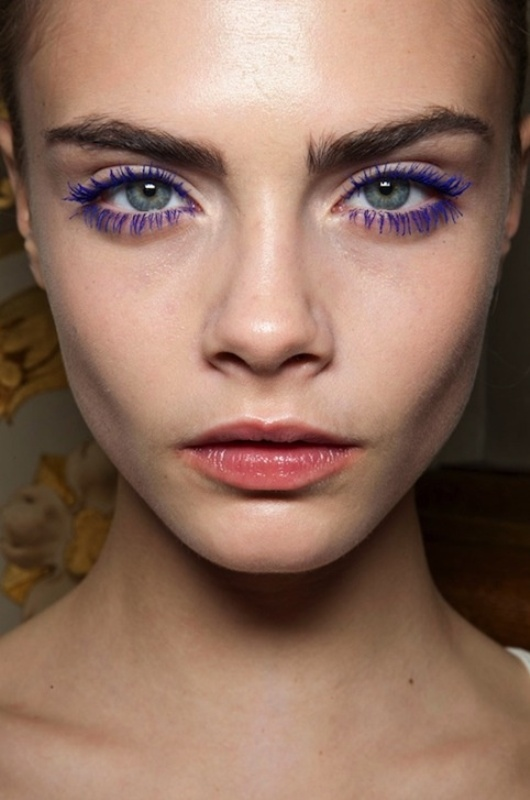 Picture Of 5 rules to wear colored mascara right now  6