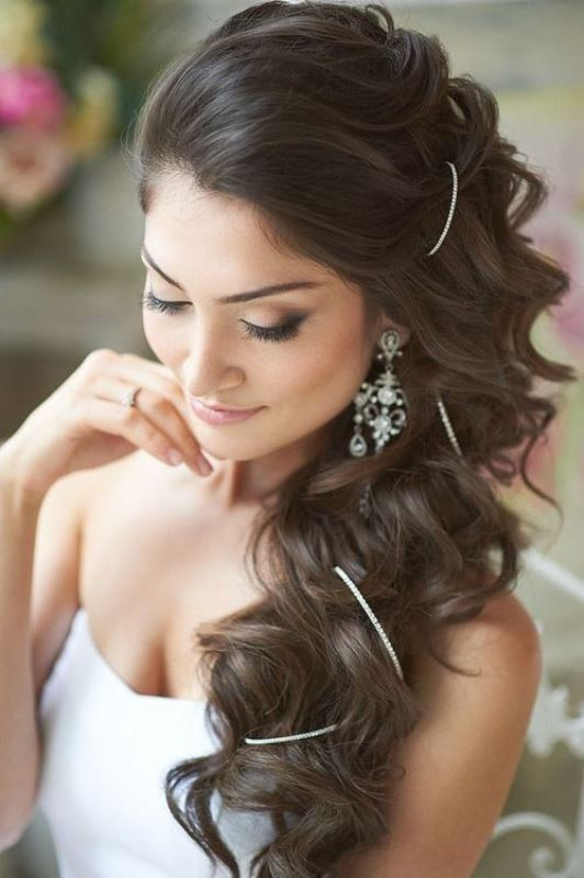 Picture Of the most gorgeous prom night hairstyles  13