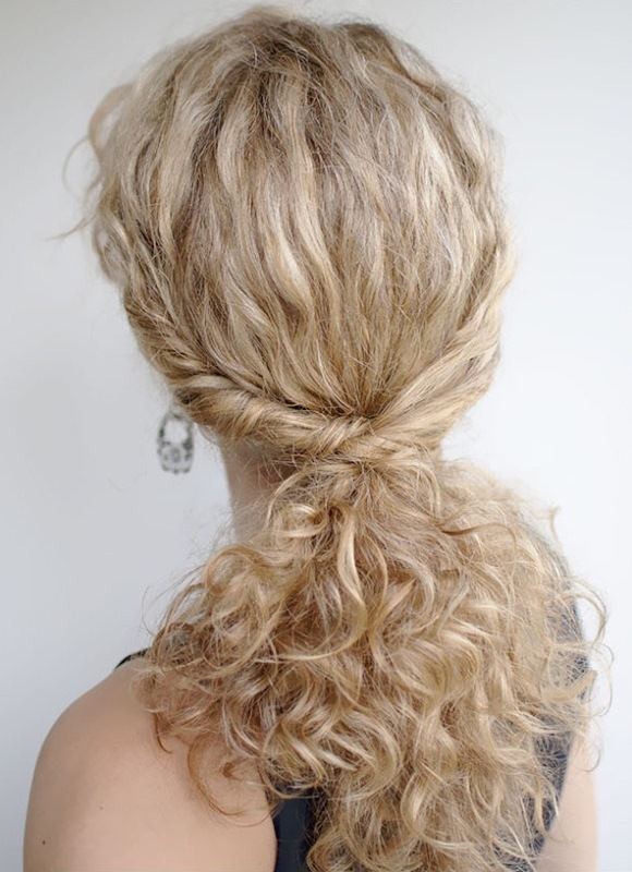 Picture Of the most gorgeous prom night hairstyles  26