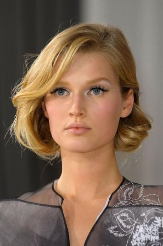 Picture Of the most gorgeous prom night hairstyles  42