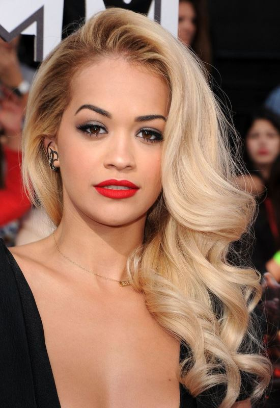 Picture Of the most gorgeous prom night hairstyles  5