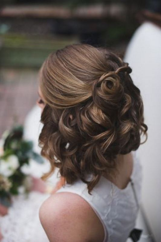 Picture Of the most gorgeous prom night hairstyles  50