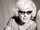 6 Stylish Iconic Sunglasses Of All Time4